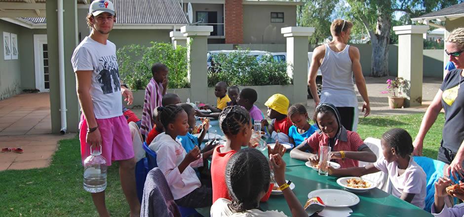 Mammadù Non Profit Organization - Volontariato in Africa - Slider Bg 04