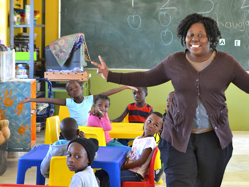 Mammadù Non Profit Organization - Lo Staff - Yolande Hamauka Kairimuti - Teacher Yolande